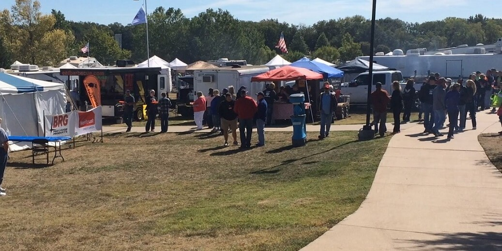 glimpse of Smoke on the Plains Derby BBQ & Music Fest